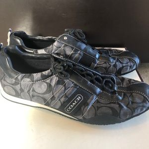 Coach Womens Kelsie Shoes Size 9.5. Black & Silver